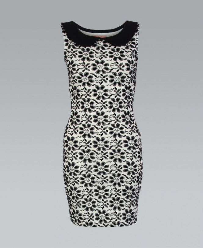 Black And White 60s Style Peter Pan Shift Dress
