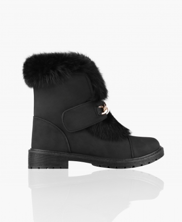 Chain Front Fur Lined Boots