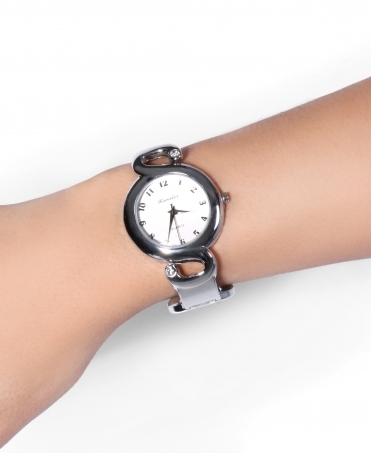 Clasp Bangle Round Face Watch