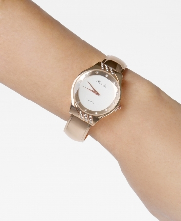 Diamante Case Round Face Watch