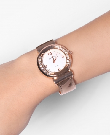 Diamante Large Round Face Watch