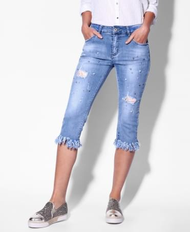 Frayed Pearl Embellished Cropped Jeans