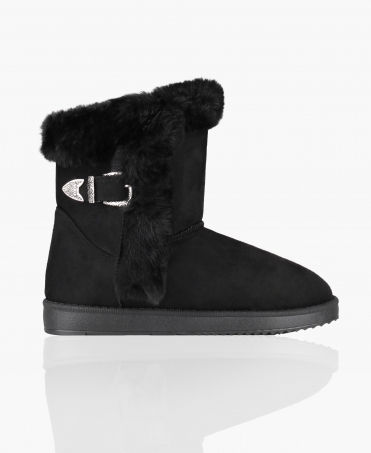 Fur Lined Snug Boots with Buckle