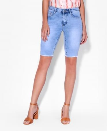 Raw Hem Faded Cropped Jeans