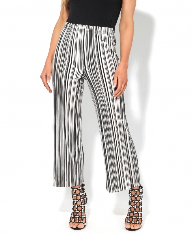 KRISP Printed Pleated Cropped Trousers